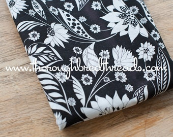 Black and White Floral - Vintage Fabric 70s 80s New Old Stock Cottage Mod Graphic