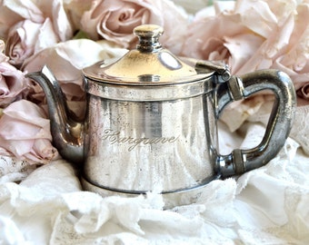Hargrave......Lovely Vintage Hotel Silver Tea Pot