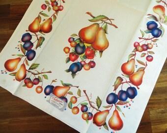 Vintage Towel - Technicolor Fruit Kitchen Tea UNUSED Paper Tag MTW Pears Berries