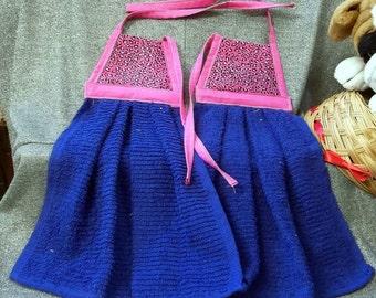Hanging Kitchen Terry Tie Towels, Black Spots on Pink Print Top