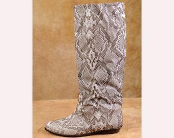 Snake Print Boots - 80s Golo Knee High  - Flat Heels - sz 9 1/2 M