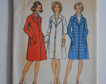 Vintage 70s Look Slimmer Coat, Open Front Coat or Lined Button Coat Sewing Pattern Simplicity 5526 Size 14 Bust 36 UNCUT