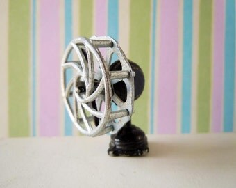 Vintage Mid Century Dollhouse Miniature Appliance Metal Table Fan