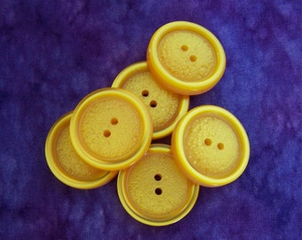 Yellow Glow Buttons, 26mm 1 inch - Luminescent Yellow Plastic Sewing Buttons - 6 VTG NOS Glossy Rim Primrose Yellow Etched Buttons PL159