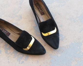 vintage 80s Pilgrim Shoes - 1980s Black Suede Kitten Heels - Sz 8.5 39