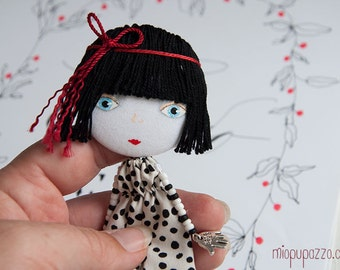 New Look! Big Head Girl, Art Doll Brooch