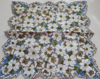 Vintage Hankie Dogwood Floral All Over Print Wedgewood Metallic Gold
