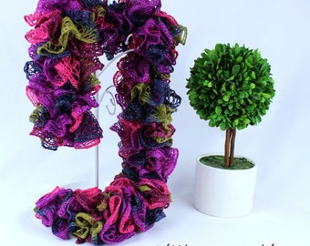 Sashay scarf, Crochet Scarf, Ruffle Scarf, fashion Scarf, Handmade Scarf for dog lovers and dogs, set, Colorful