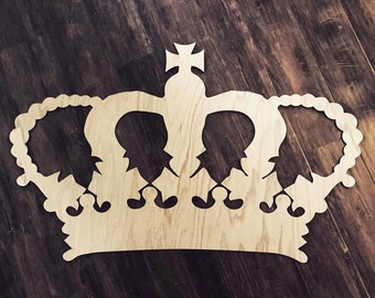 "22"" wide wooden crown"