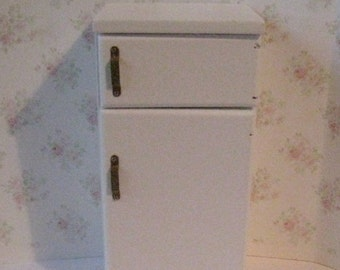 Dollhouse Fridge, Refrigerator, Larder fridge,  white fridge, , tatty chic, Twelfth scale dollhouse miniature