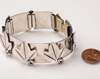 Signed REBAJES Sterling Silver Link Bracelet - Modernist Design: Leaves - Fine Vintage Condition