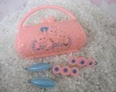 special order for Kathy ,,Vintage children gift set, vintage barrettes, Plastic children purse with  little kittens,   2 set of barrettes