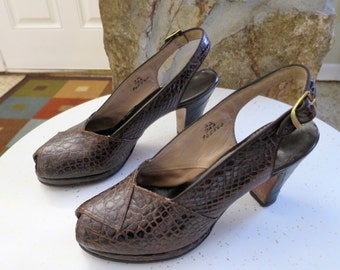 1940s Alligator Peep Toe Pumps 7AA