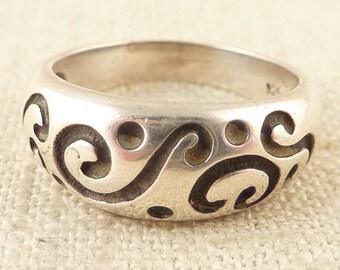 Size 8.5 Vintage Sterling Scrollwork Ring