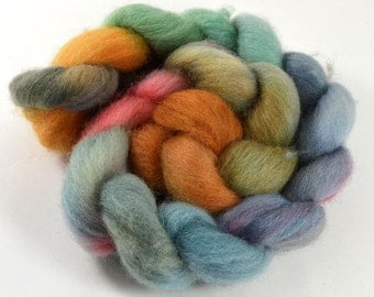 corriedale wool roving - A walk in Yellowstone - 4.0 ounces