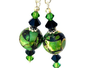 Green and black earrings, green round magnesite stone, mosaic with Swarovski crystal elements, round, hunter green, mottled, gift for her