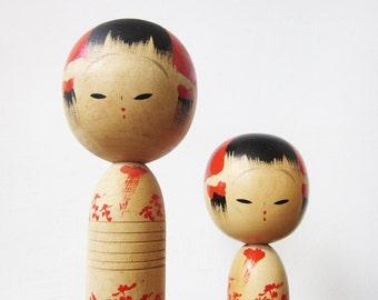 vintage japanese kokeshi dolls, pair of wooden japanese dolls, sosaku kokeshi doll