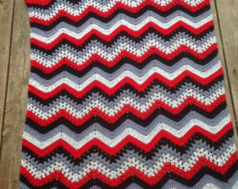 HANDMADE CROCHET Lovely lap/ couch/ daybed crochet blanket in bold color blocks of red, black, white and grey