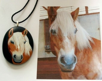 Custom Portrait-Custom Pet Portrait-Pet memorial stone-jewelry-pendant necklace-personalized painting from your photo-painted rock-pet lover