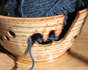 XXL  Extra Large Ceramic Yarn Bowl Knitting Bowl in Creamy nutmeg -  Made to Order