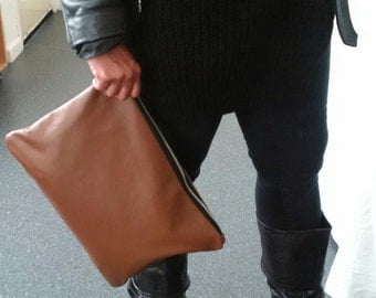 large tan brown leather clutch, upcycled leather clutch, large leather pouch, leather man bag, oversized pouch, ipad, kindle, tablet