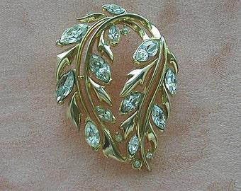 Crown Trifari Crystal Rhinestone Wreath Brooch