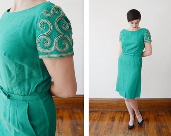 Green 1950s Fitted Dress with Soutache Sleeves - S