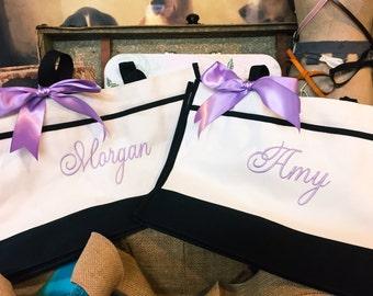 Monogrammed Totes, Set of 8, Personalized Bridesmaid Totes, Monogram Bridesmaid Gift