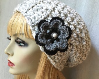 Womens Hat, Slouchy Beret, Gray White Twist, Flower, Chunky, Warm, Teens, City Hat, Birthday Gifts, Gifts for Her, JE222BF2