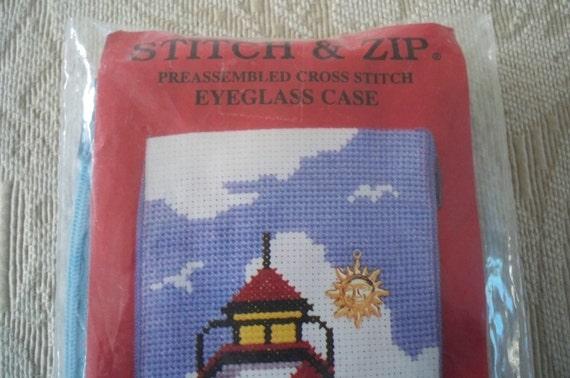 SZ490 Modern Tulip Stitch /& Zip Needlepoint Eyeglass Case Kit