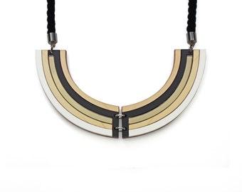 Rhythm Necklace - Bronze