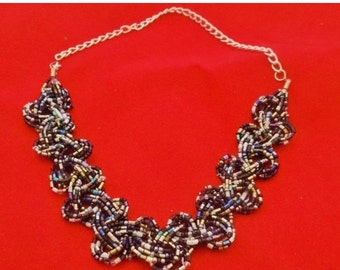 """20% off sale Vintage 18.5"""" braided black and silver glass seed bead necklace in great condition, appears unworn"""