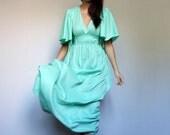 70s Mint Dress Vintage Bell Sleeve Long Summer Maxi Kaftan Caftan Pastel Hippie Boho Green Sundress - Extra Small to Medium XS S M
