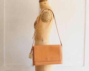 90s vintage minimalist tan leather bag