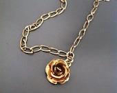 La vie en Rose charm necklace