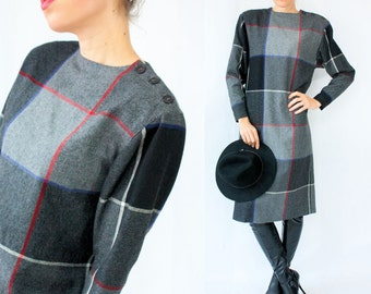 80's Vintage Grey Wool Plaid Dress / Strong Shoulders with Dolman Sleeve / Button Shoulder / Long Sleeve Winter Dress