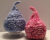 TWIN VALENTINE Knit Kiss HAT for Baby, Cherry Blossom Pink or Delft Blue Yarn, Photography Prop