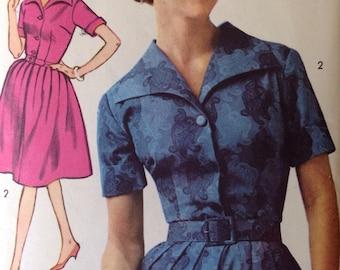 Vintage 1960s Advance Pattern 3063 • size 16