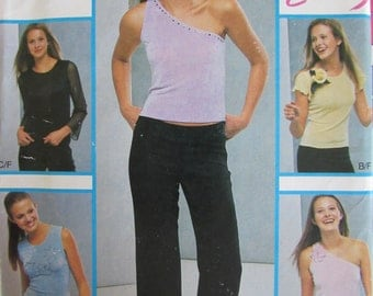 New Look 6137/Uncut Sewing Pattern/Junior Sizing/Easy Sew Top and Pants/Size 3/4 thru 13/14