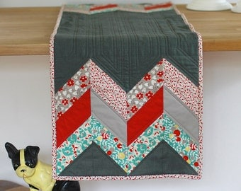 Modern Quilted Arrows Table Runner