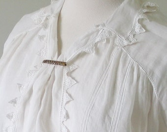 Authentic Embroidered Edwardian White Blouse with Unique Collar  S