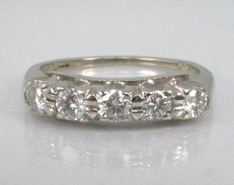 Vintage Diamond Wedding Ring - 0.46 Carats Diamond Total Weight - Appraisal Included