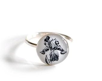 Sterling silver Iris flower dainty ring , white & black flower ring , gardener jewelry , sterling silver flower ring size 6 3/4 6.75