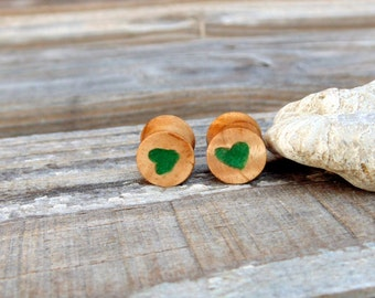 11mm Laurel wood burl plugs, Carved heart with Fuchsite stone inlay, organic Myrtle wood burl ear plugs