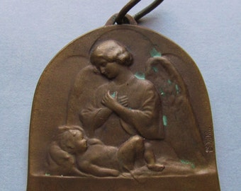 Antique Guardian Angel And Baby French Religious Medal Catholic Art Deco Pendant  SS533