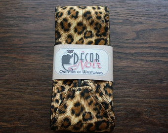 Leopard Print Weightlifting Wrist Wraps