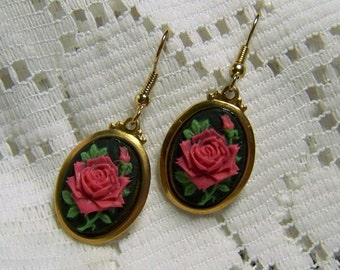 Red Rose Earrings, Colorful Red Rose, Gold plated French Style Rose Cameo Earrings, Victorian Rose Style, Red, Green & Black, Noir