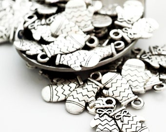 SALE 6 - Antiqued Silver Lost Mitten Charms - 15mm X 16mm - Jump Rings Included - 100% Guarantee