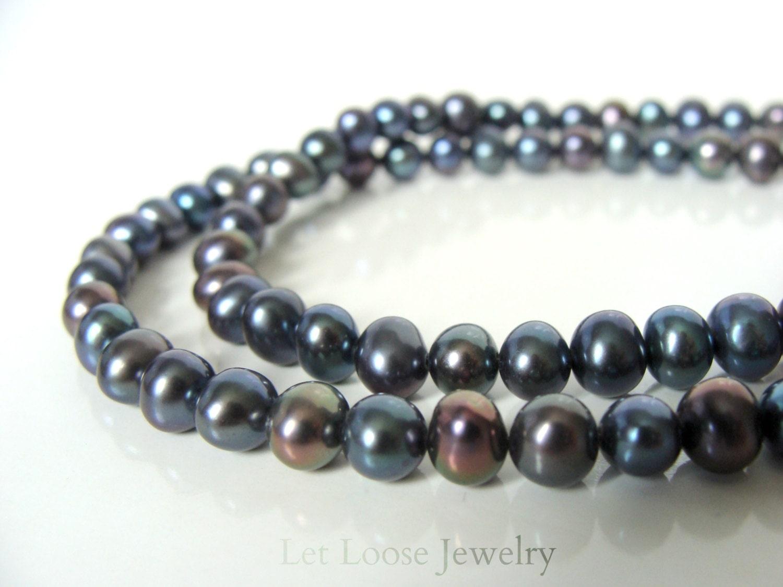 black pearl necklace genuine 5 6mm black peacock pearls. Black Bedroom Furniture Sets. Home Design Ideas