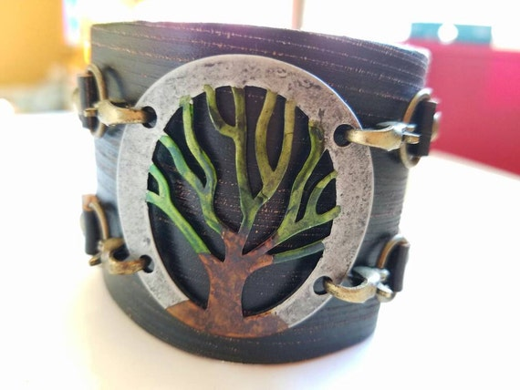Leather cuff bracelet, tree of life bracelet, wide cuff bracelet, leather bracelet, leather cuff, tree charm bracelet, painted bracelet
